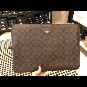 Coach laptop sleeve in Signature Canvas #Fabulous